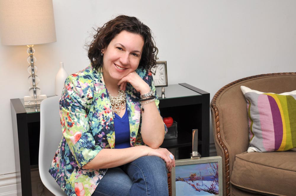 Eliza Fernandes, therapist & councellor, Toronto